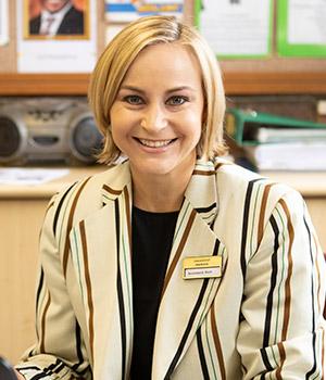 Annemarie Smit