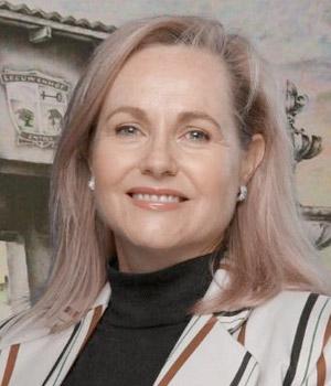 Susan Gey van Pittius